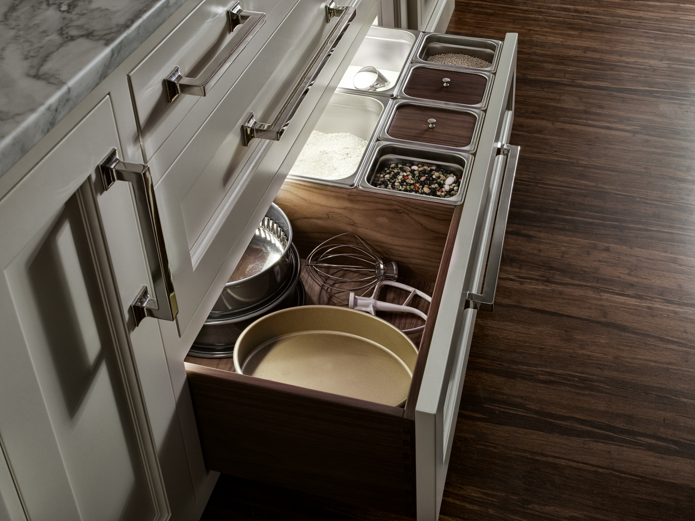 Dry goods drawer